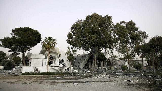 Should NATO assassinate Gadhafi?