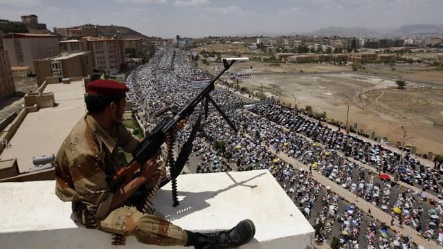 Yemen on verge of civil war, Al Qaeda strengthens