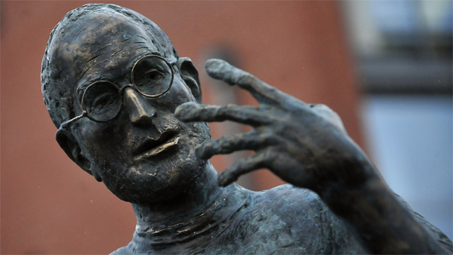Steve Jobs statue unveiled in Hungary science park