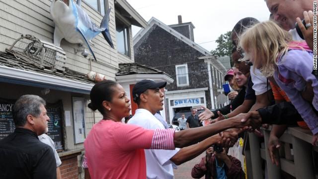 130801144150-obamas-shake-hands-vacation-story-top