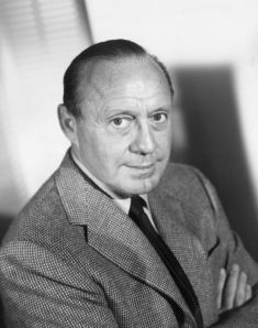 American comedian and actor Jack Benny (1894 - 1974) circa 1945. (Photo by Archive Photos/Getty Images)