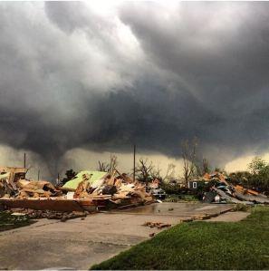 """""""Major damage here in Pilger, Nebraska,"""" shared CNN's Indra Petersons."""