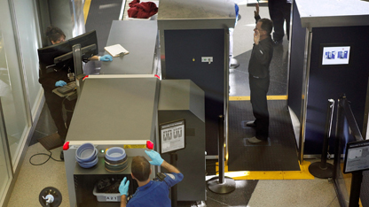 Poll: Most air travelers ok sacrificing privacy for security
