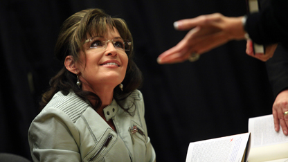 Palin kicks off book tour amid fresh speculation of a White House bid