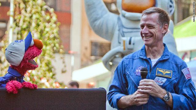 Commander Chris Ferguson leaves NASA