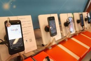 RIM Reports Second Profitable Quarter After Launch Of BlackBerry Z10 Phone