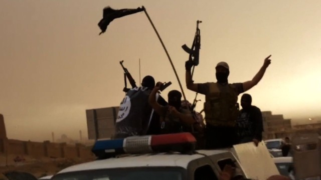 140614092853-isis-fighters-iraq-story-top